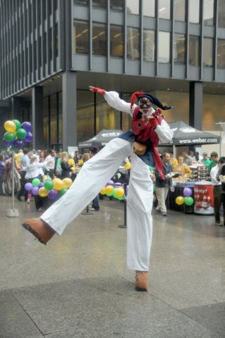 Stilt Walkers Available for Mississauga & Toronto