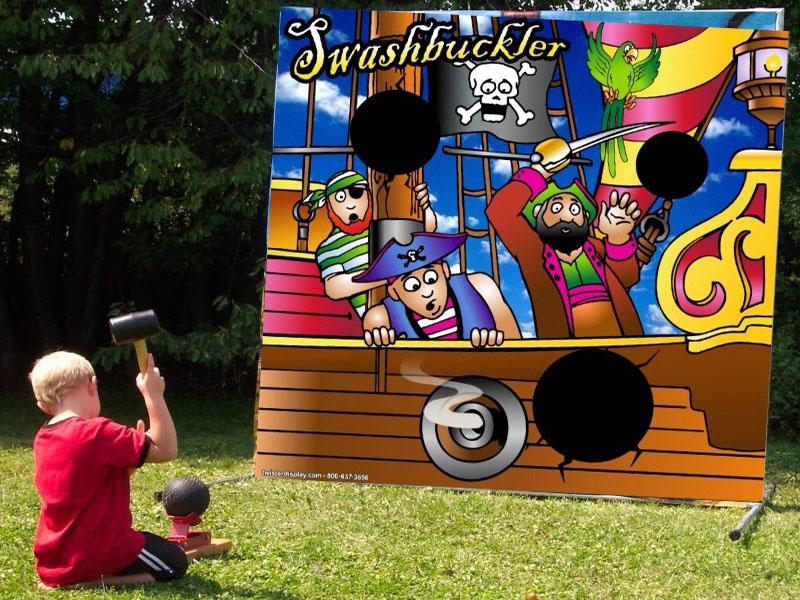Freestanding Swashbuckler Pirate