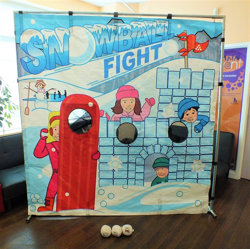 Snowball Toss Frame Game Rental Mississauga Winter Event